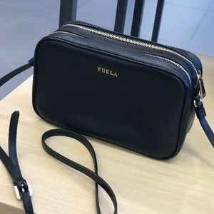 NWT Furla leather  black cross bag